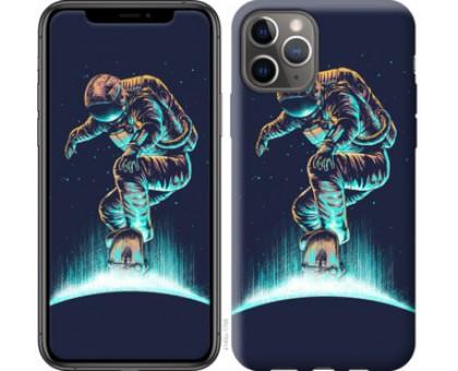 Чехол Космонавт на скейтборде для iPhone 11 Pro